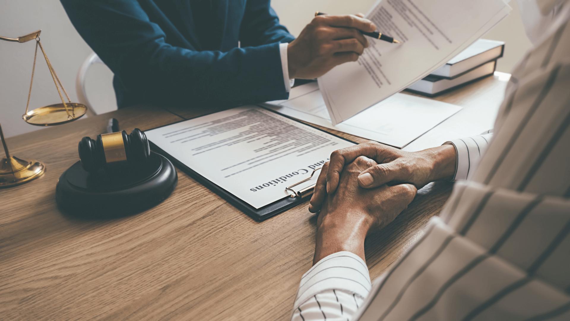¿Cuáles son las leyes de la gestación subrogada que debe conocer?